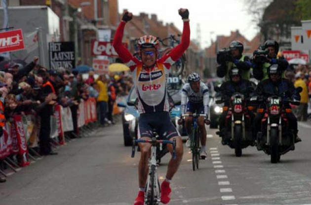 Mattan takes the win ahead of Flecha ... after a bit of motor-pacing though - Shh! Photo copyright Fotoreporter Sirotti.