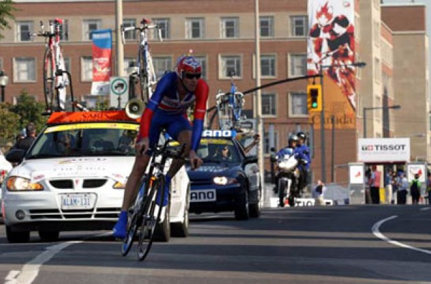 "David Millar takes it easy while cornering. ""When I saw the time gaps I knew I could relax…it was just one of those days."" Photo copyright Paul Sampara Photography."