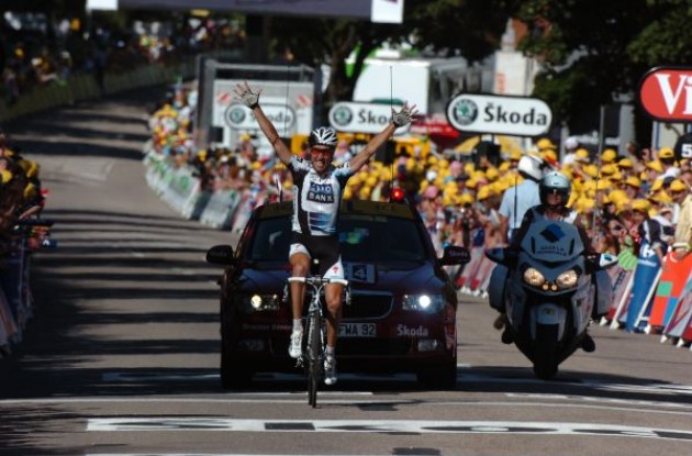 Nicki Sorensen (Team Saxo Bank) wins stage 12 of the 2009 Tour de France. Photo copyright Fotoreporter Sirotti.