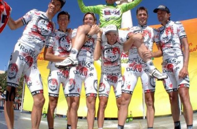 Rock Racing celebrates Oscar Sevilla's Vuelta a Chihuahua win, the team's 35th victory of 2009. Photo by Alex Aguirre.