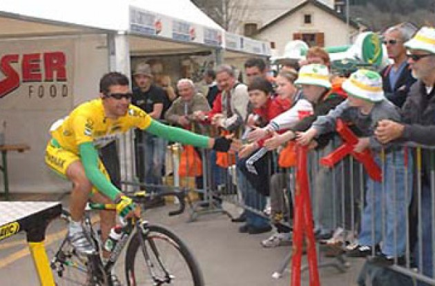 Pereiro at the start. Photo copyright Roadcycling.com.