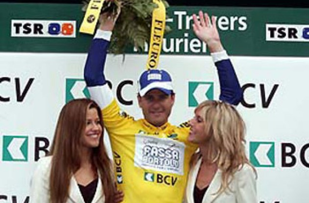 Petacchi on the podium. Photo copyright Roadcycling.com.