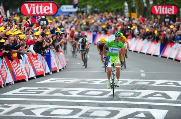 Team Liquigas-Cannondale's Peter Sagan dominates stage 3 finish in 2012 Tour de France. Photo Fotoreporter Sirotti.