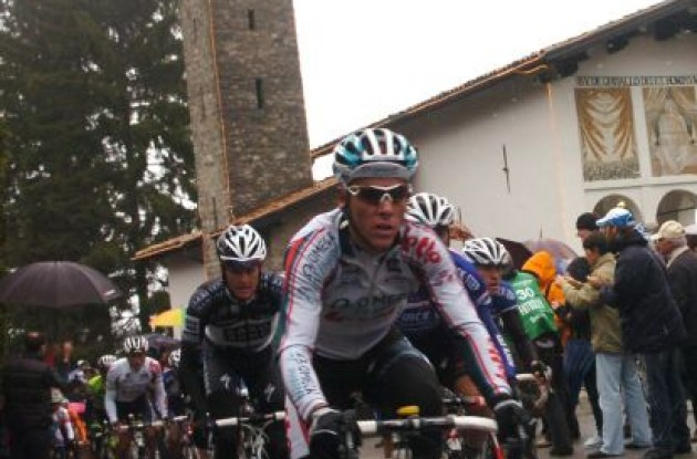Philippe Gilbert leads the group. Photo by Fotoreporter Sirotti.