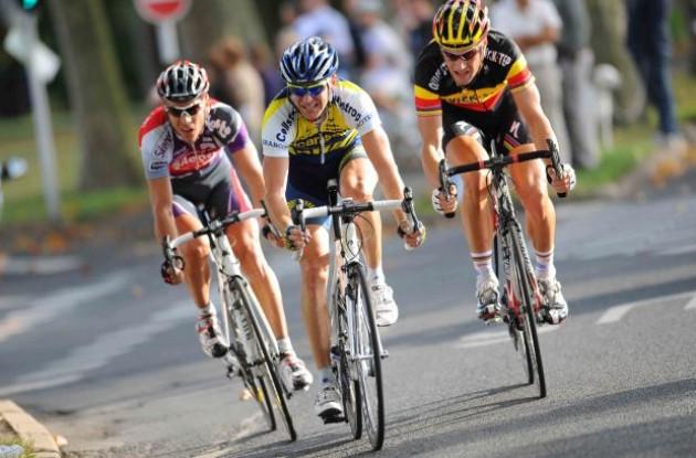 Philippe Gilbert, Borut Bozic and Tom Boonen riding hard. Photo copyright Fotoreporter Sirotti.
