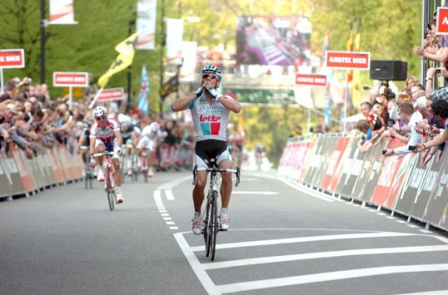 Philippe Gilbert wins the 2011 Amstel Gold Race. Photo Fotoreporter Sirotti.