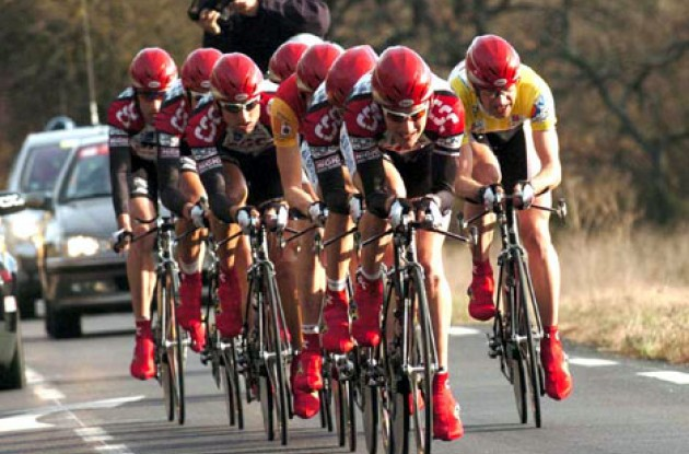 Team CSC in today's team time trial. Photo copyright Fotoreporter Sirotti.