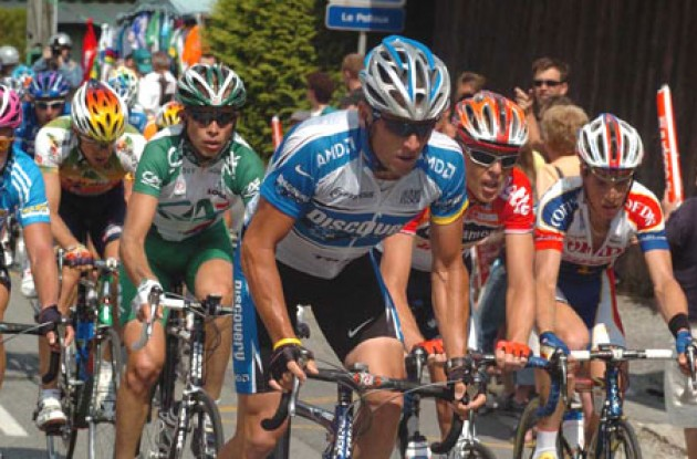 Lance Armstrong leads the breakaway. Photo copyright Fotoreporter Sirotti.