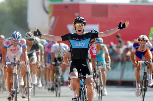Christopher Sutton powers to win in stage 2 of the 2011 Tour of Spain. Photo Graham Watson.