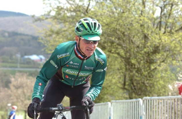Thomas Voeckler (Team Europcar) preparing a surprise attack on the peloton. Photo Fotoreporter Sirotti.