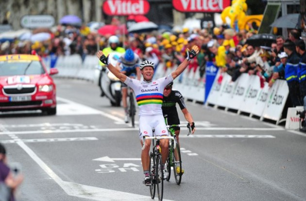 Team Garmin-Cervélo's Thor Hushovd blasts to victory in stage 6 of the 2011 Tour de France on his Cervelo S5 bike. Photo Fotoreporter Sirotti.