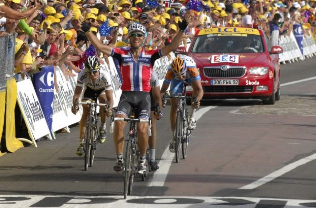 Thor Hushovd blazes to stage three win for Cervelo TestTeam! Photo copyright Fotoreporter Sirotti.