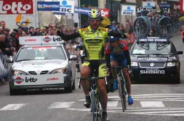 Bortolami wins stage 1. Photo copyright Fotoreporter Sirotti.