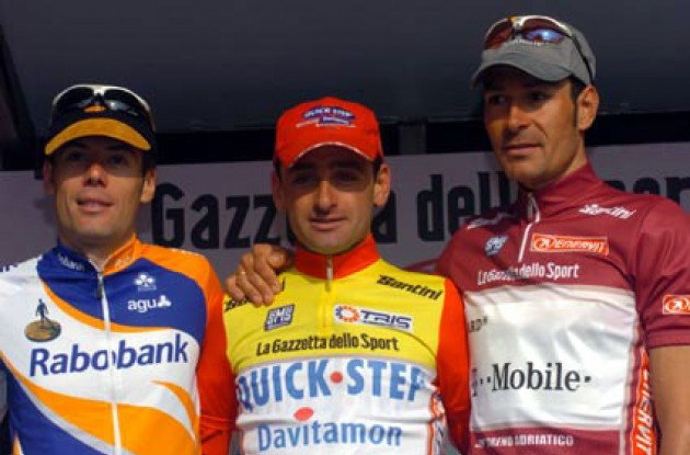 Top three on the podium. From left to right Oscar Freire, Paolo Bettini and Erik Zabel. Photo copyright Fotoreporter Sirotti.
