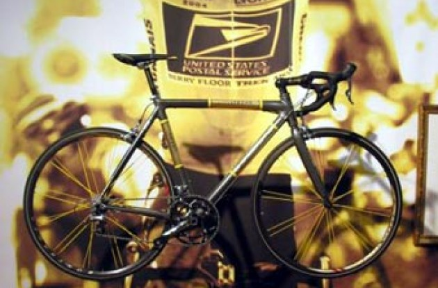 "Lance Armstrong's ""Livestrong"" Trek Madone. Photo copyright Roadcycling.com."
